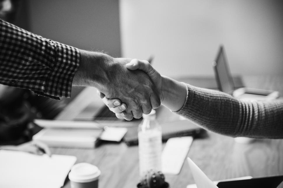 handshake-between-two-people--black-and-white